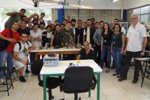 Alunos da disciplina Tópicos de Mecânica (3º semestre)