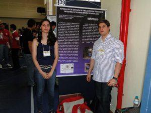 Os estudantes João Marcelo Castanho e Sabrina Martinez