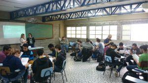 Minicurso sobre desenvolvimento e gestão de carreiras, exclusivo para alunos da Unisanta