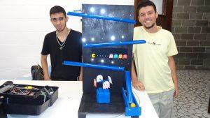 "Grupo IX – ""Pac-Man"""