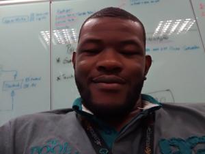 Ely Assumpção Ndiaye, ex-aluno de Engenharia de Computação da Unisanta