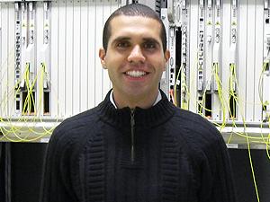 Paulo Henrique Ribeiro, ex-aluno de Engenharia Eletrônica da Unisanta