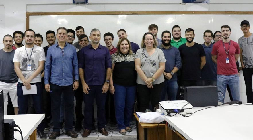 Sistemas em Tempo Real: apresentação dos trabalhos do curso de Engenharia de Computação (2019)